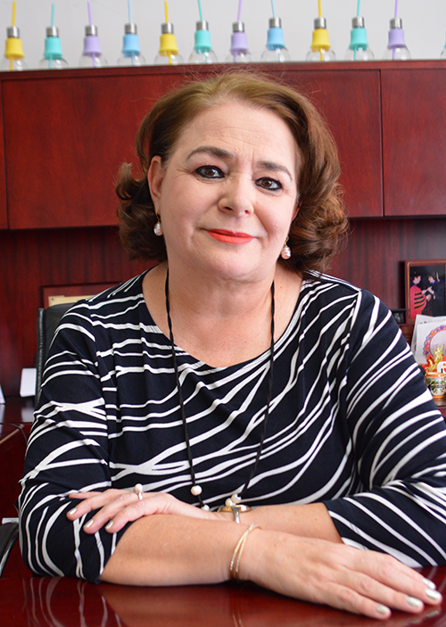 Dra. Elizabeth Solís Pérez